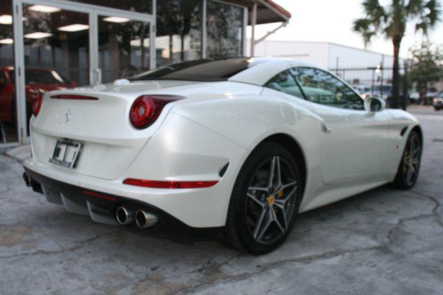 2015 Ferrari California Houston, Texas 5