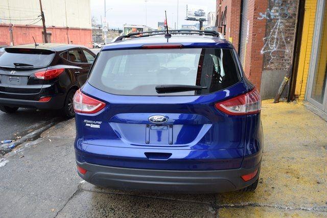 2015 Ford Escape S Richmond Hill, New York 10
