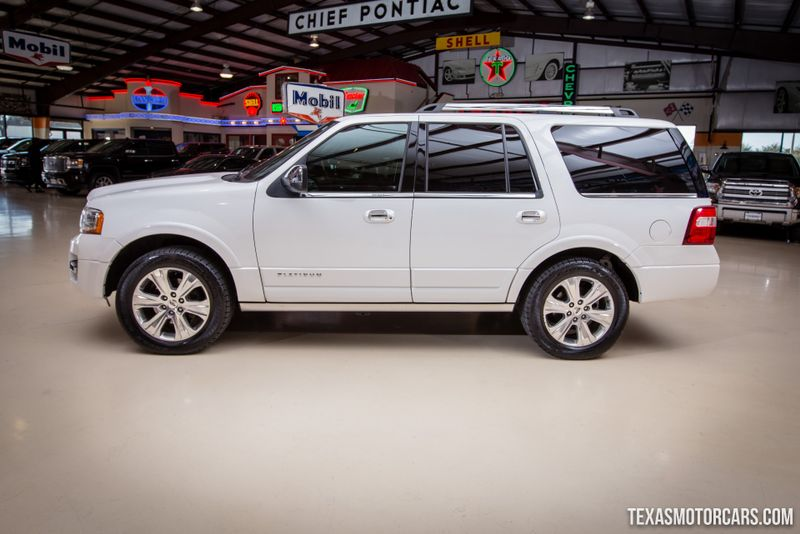 2015 Ford Expedition Platinum  in Addison, Texas