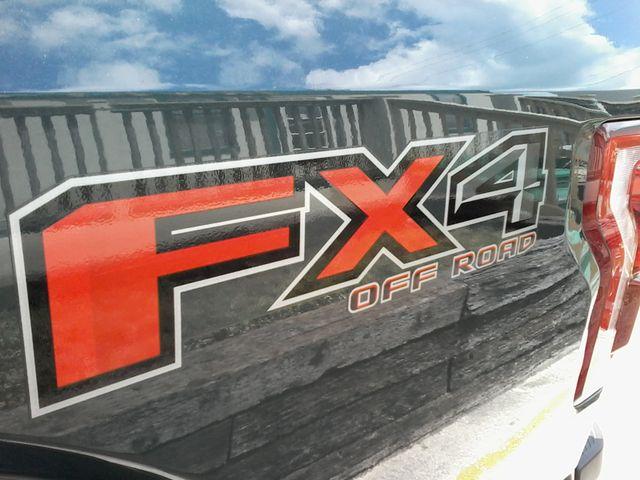 2015 Ford F-150 5.0 V8 Lariat FX4  lifted San Antonio, Texas 33