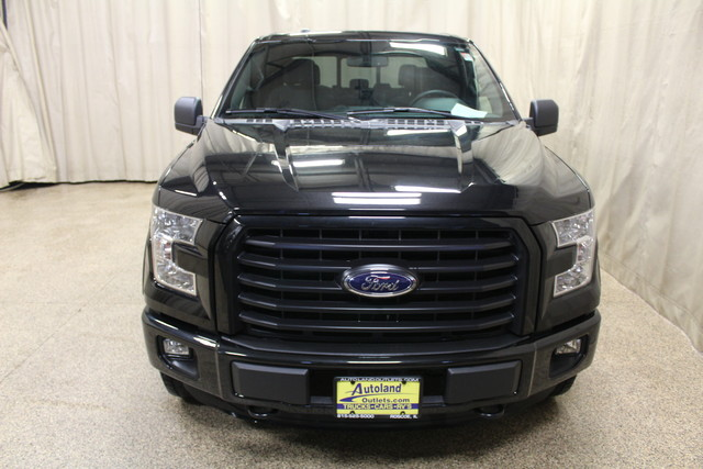 2015 Ford F-150 XLT Roscoe, Illinois 9