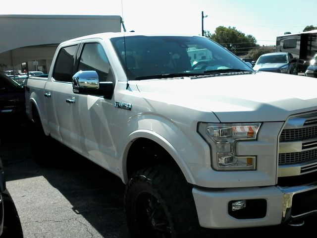 2015 Ford F-150 Platinum San Antonio, Texas 3