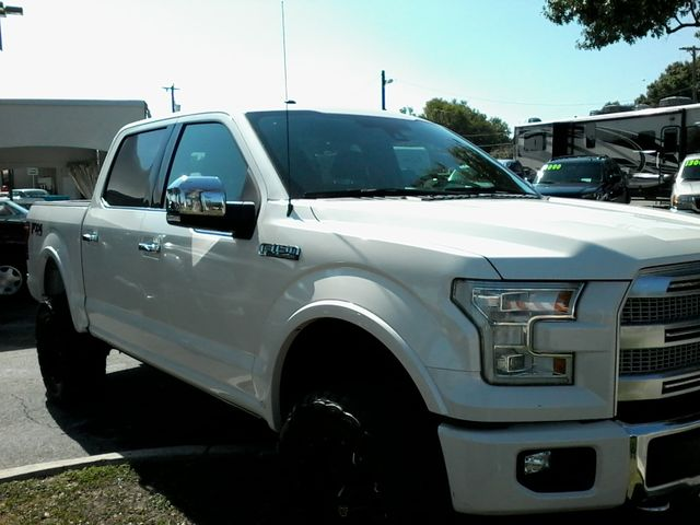 2015 Ford F-150 Platinum San Antonio, Texas 8