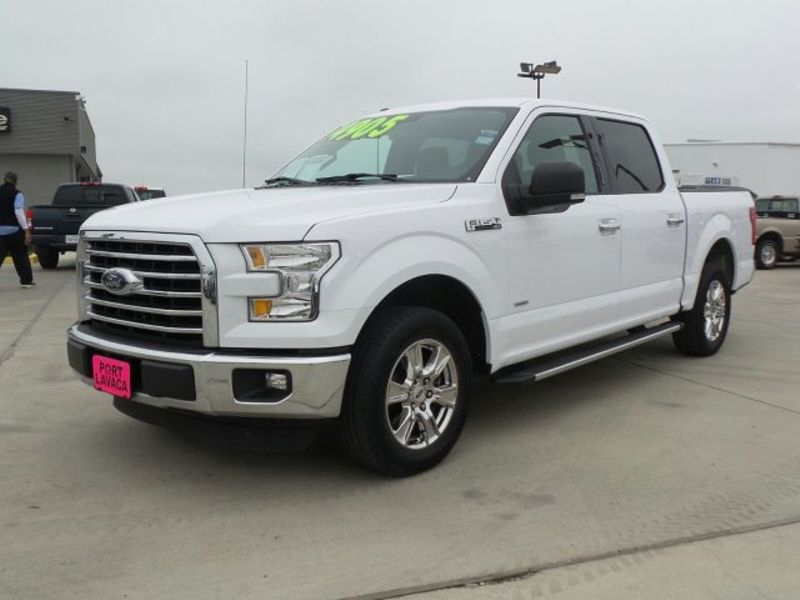 2015 Ford F-150 XLT   Texas  Victoria Certified  in , Texas