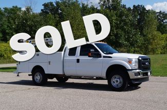 2015 Ford F350 XL - Service Utility Truck w/ 15ft Crane - 4WD 6.2L Gas | Dassel, Minnesota | Kingston Auto -[ 2 ]