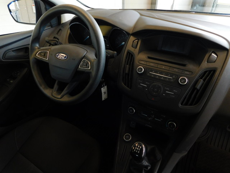 2015 Ford Focus S  city TN  Doug Justus Auto Center Inc  in Airport Motor Mile ( Metro Knoxville ), TN