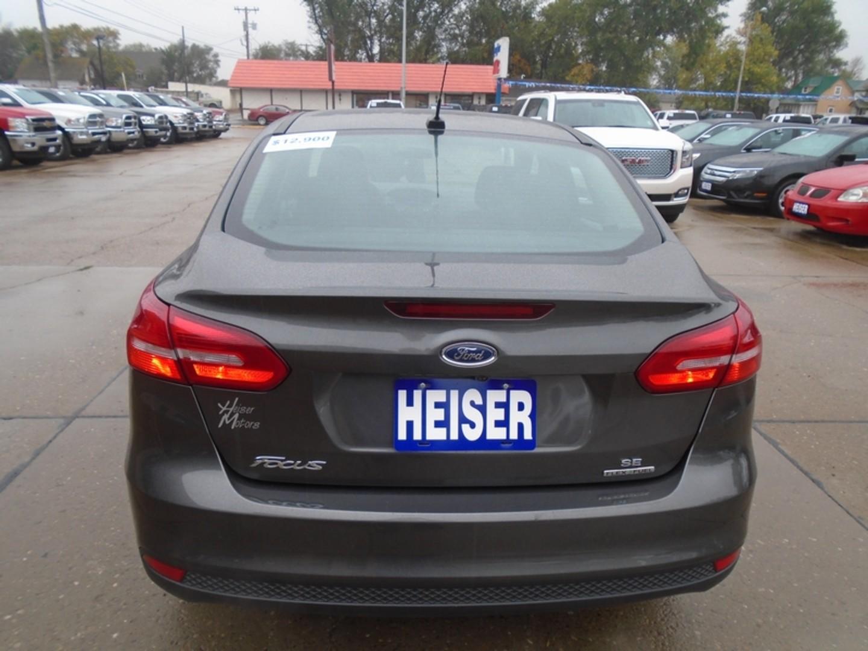 2015 ford focus se city nd heiser motors for Heiser motors dickinson nd