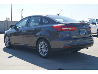2015 Ford Focus SE - 1-Owner, Backup Camera, Bluetooth, High MPG! in Lewisville, Texas