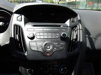 2015 Ford Focus SE Miami, Florida 14