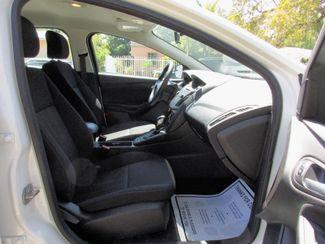 2015 Ford Focus SE Miami, Florida 9