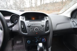 2015 Ford Focus SE Naugatuck, Connecticut 9