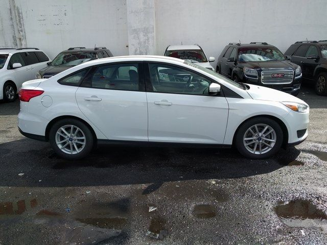 2015 Ford Focus SE Richmond Hill, New York 8