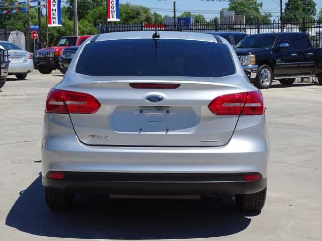 2015 Ford Focus S San Antonio , Texas 3