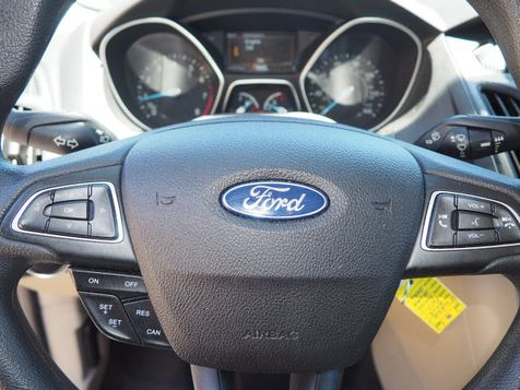 2015 Ford Focus SE | Whitman, Massachusetts | Martin's Pre-Owned in Whitman, Massachusetts