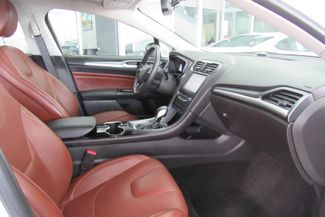 2015 Ford Fusion SE W/ NAVIGATION SYSTEM/ BACK UP CAM Chicago, Illinois 12