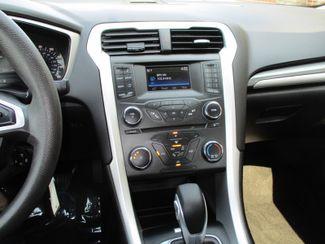 2015 Ford Fusion SE Farmington, Minnesota 4
