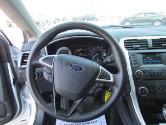 2015 Ford Fusion SE Fremont, Ohio 6