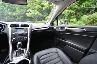 2015 Ford Fusion Hybrid SE Naugatuck, Connecticut 3