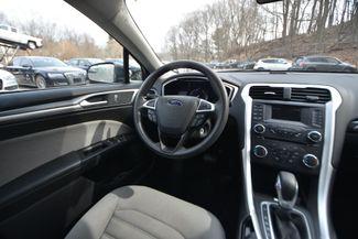 2015 Ford Fusion Hybrid S Naugatuck, Connecticut 15