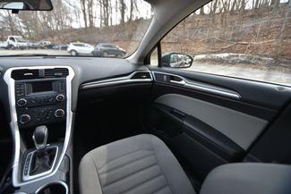 2015 Ford Fusion Hybrid S Naugatuck, Connecticut 17