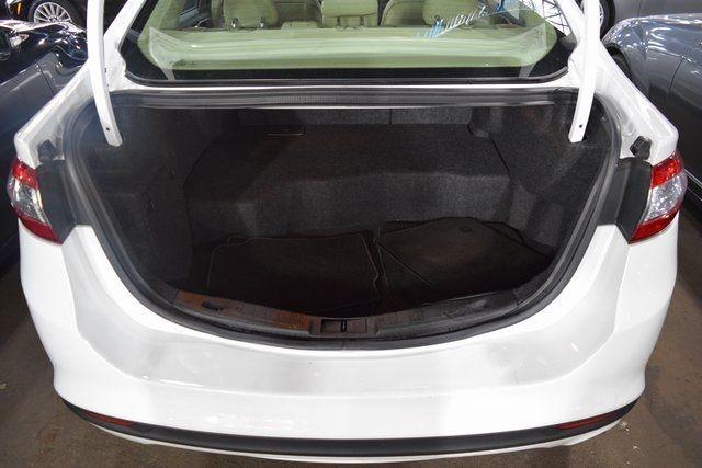 2015 Ford Fusion Hybrid SE Richmond Hill, New York 12