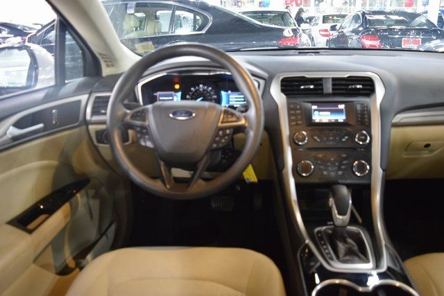 2015 Ford Fusion Hybrid SE Richmond Hill, New York 14