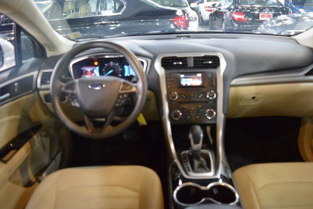 2015 Ford Fusion Hybrid SE Richmond Hill, New York 15