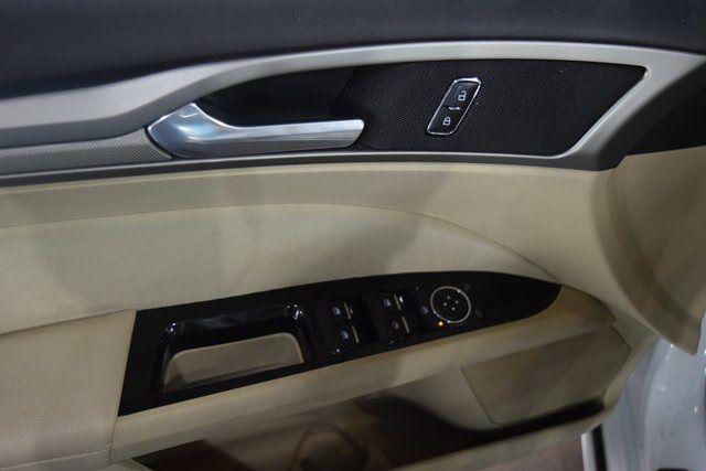 2015 Ford Fusion Hybrid SE Richmond Hill, New York 21