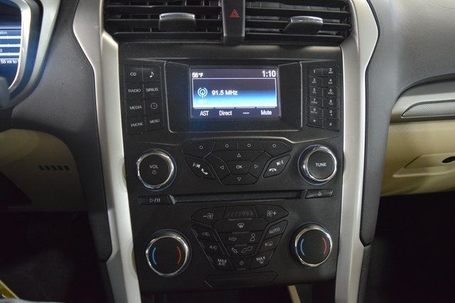 2015 Ford Fusion Hybrid SE Richmond Hill, New York 26