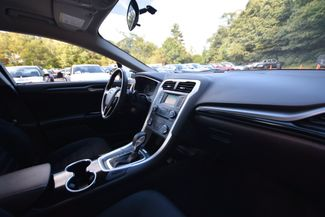 2015 Ford Fusion SE AWD Naugatuck, Connecticut 9