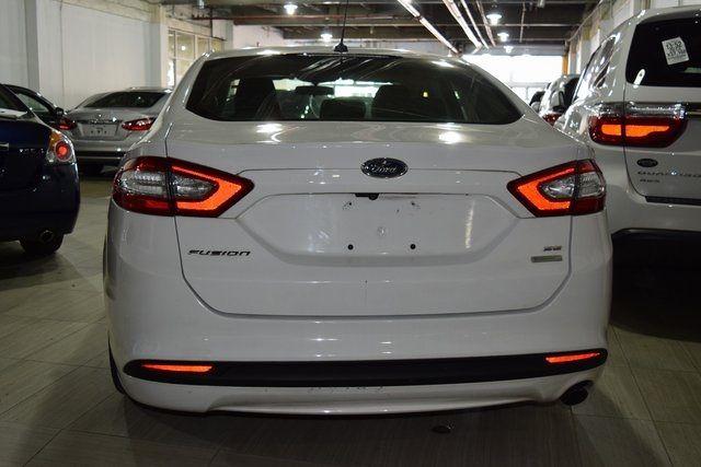 2015 Ford Fusion SE Richmond Hill, New York 4