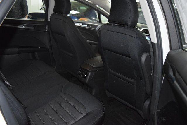 2015 Ford Fusion SE Richmond Hill, New York 18