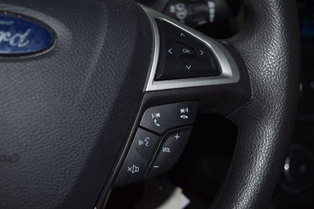 2015 Ford Fusion SE Richmond Hill, New York 32