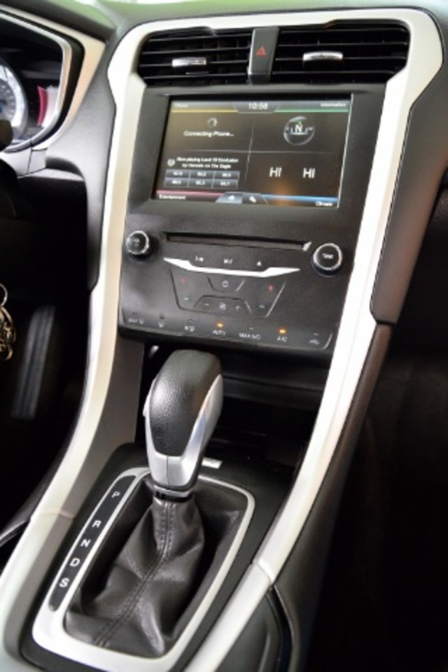 2015 Ford Fusion SE San Antonio , Texas 11