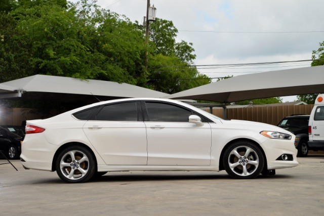 2015 Ford Fusion SE San Antonio , Texas 4