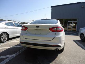 2015 Ford Fusion SE. BACK UP CAMERA SEFFNER, Florida 11