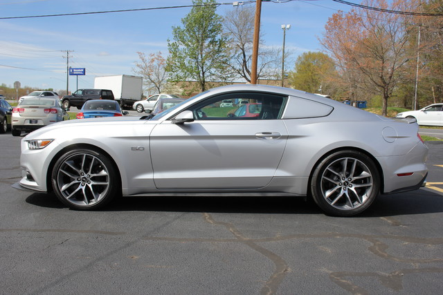 2015 Ford Mustang GT Premium-SUPERCHARGER-EXHAUST!! Mooresville , NC 3