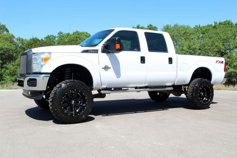 2015 Ford Super Duty F-250 LIFTED - 4X4