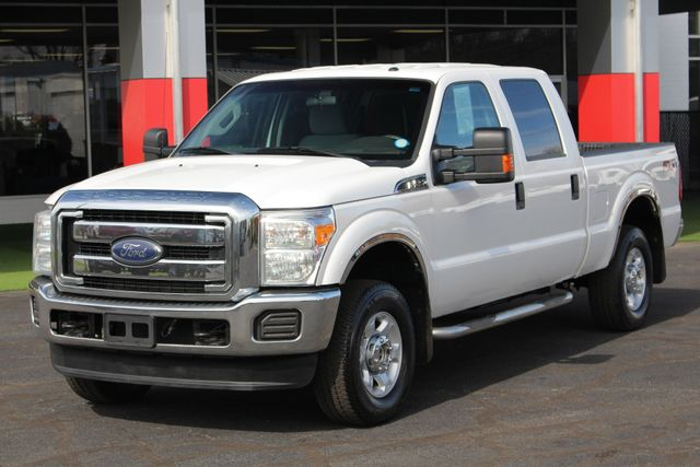 2015 Ford Super Duty F-250 Pickup XLT Crew Cab 4x4 FX4 - MICHELINS! Mooresville , NC 21