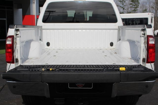 2015 Ford Super Duty F-250 Pickup XLT Crew Cab 4x4 FX4 - MICHELINS! Mooresville , NC 16