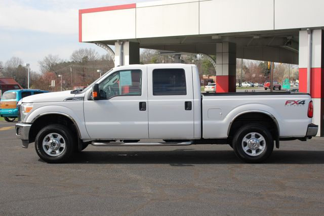 2015 Ford Super Duty F-250 Pickup XLT Crew Cab 4x4 FX4 - MICHELINS! Mooresville , NC 13