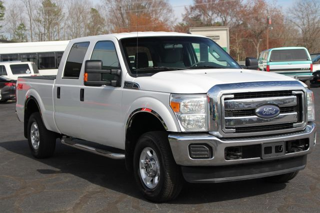 2015 Ford Super Duty F-250 Pickup XLT Crew Cab 4x4 FX4 - MICHELINS! Mooresville , NC 20