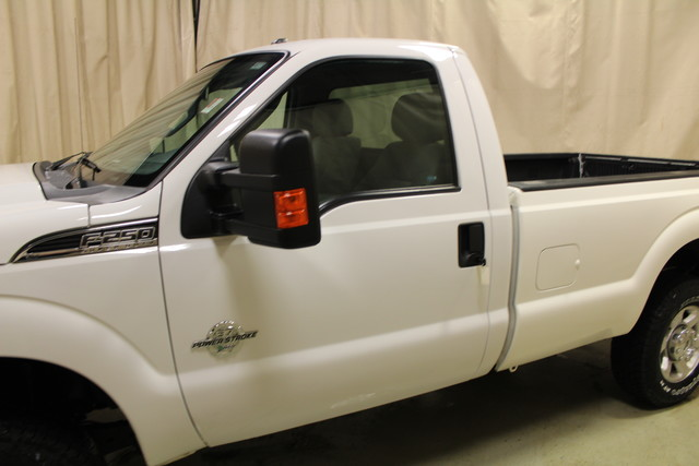2015 Ford Super Duty F-250  XLT Long Bed Roscoe, Illinois 9