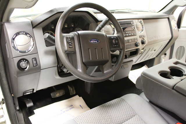 2015 Ford Super Duty F-250  XLT Long Bed Roscoe, Illinois 13