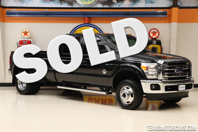 2015 Ford Super Duty F-350 Lariat This 2015 Ford Super Duty F-350 DRW Lariat is in great shape wit