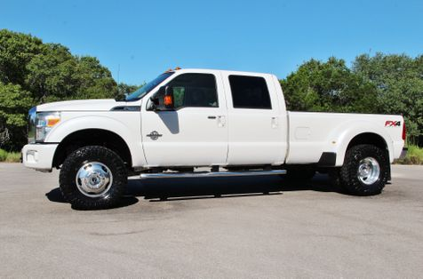 2015 Ford Super Duty F-350 DRW Pickup Lariat in Liberty Hill , TX