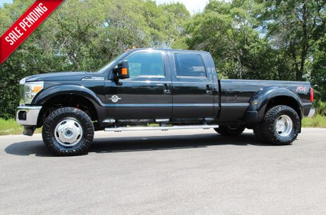 2015 Ford Super Duty F-350 DRW Pickup Lariat - 4X4  in Liberty Hill , TX
