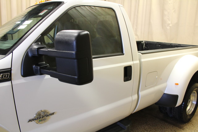 2015 Ford Super Duty F-350 Dually XL Diesel Roscoe, Illinois 9
