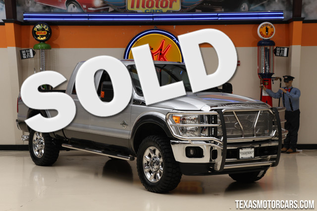 2015 Ford Super Duty F-350 Lariat 4x4 This Carfax 1-Owner 2015 Ford Super Duty F-350 SRW Lariat 4x