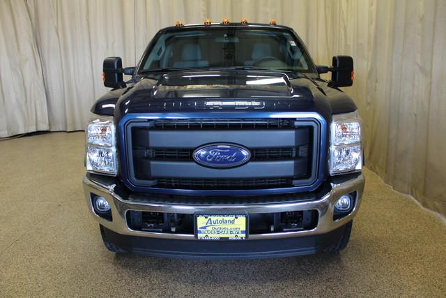 2015 Ford Super Duty F-350 SRW Pickup XL Roscoe, Illinois 3